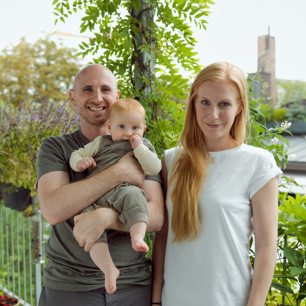 Linda, Sascha and Misha – journalist and company director (IT) – photographed at home in Munich for Project Living Abroad